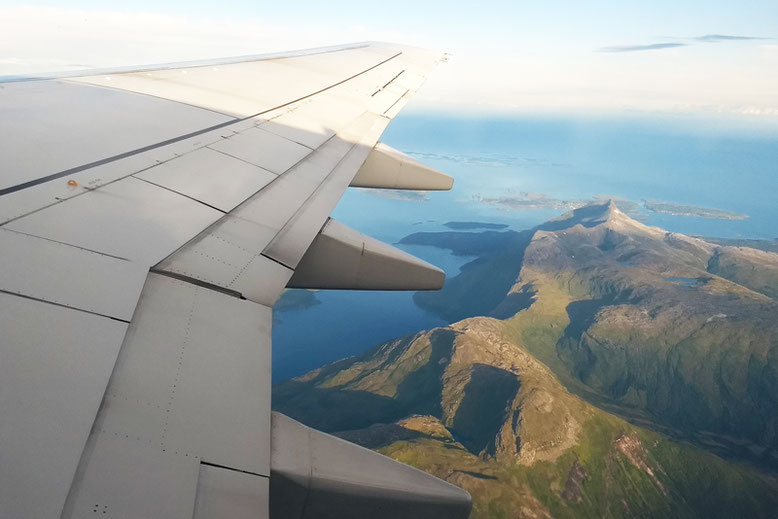 From Tromso to the Lofoten Islands - Flying from Bodo to Oslo