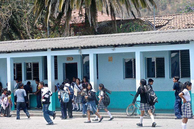A Lovely Week in Guatemala - Local school in Panajachel