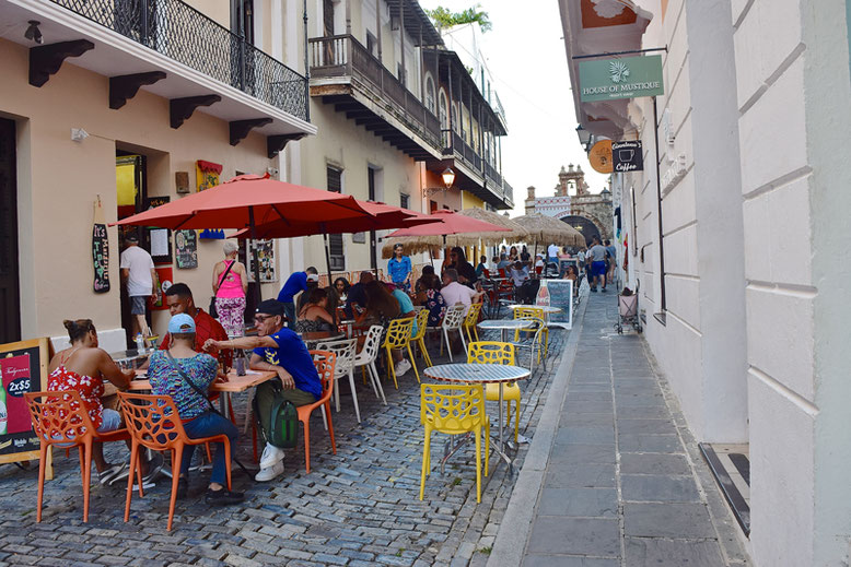 Is it Worth to Go to Puerto Rico - Old San Juan