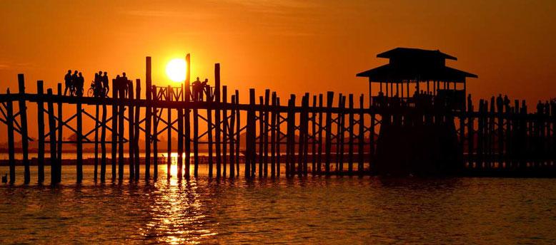 Viaggio di gruppo in Birmania - U Bein Bridge Mandalay