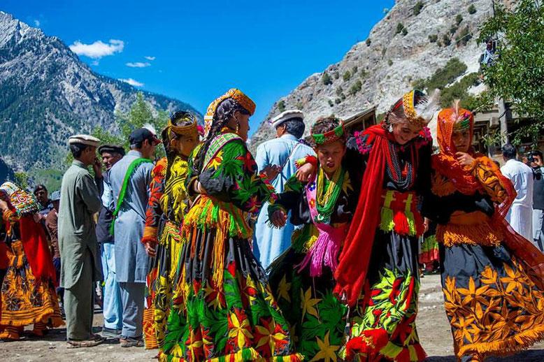 VIAGGIO DI GRUPPO KALASH VALLEY PAKISTAN - Kalash Festival