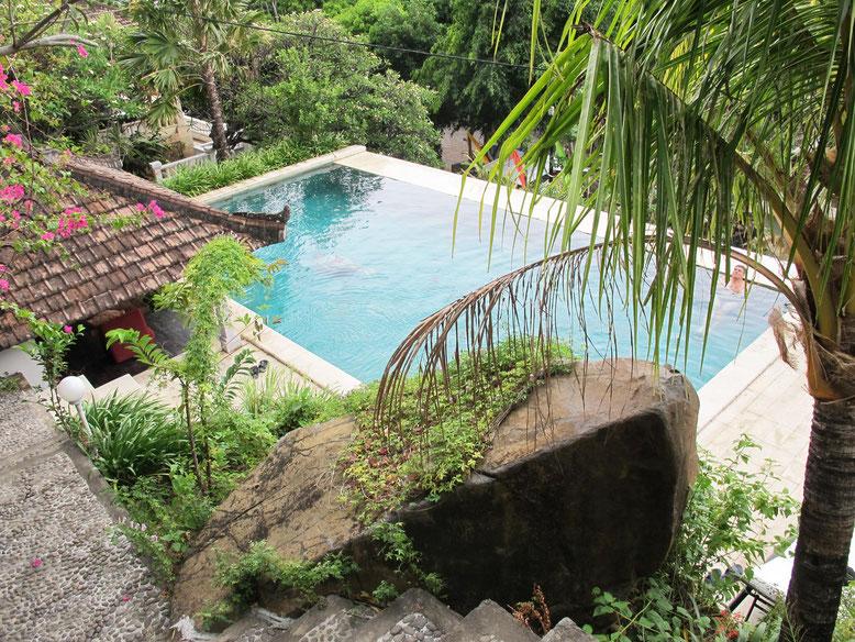 La bella piscina del Baliku Dive Resort ad Amed - Bali (Photo by Gabriele Ferrando)