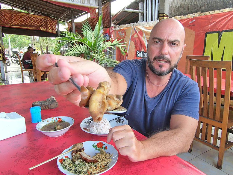 Bali Street Food - Cosa Mangiare. Babi Guling