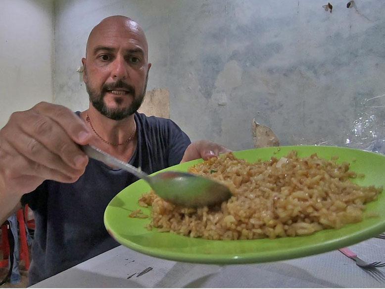 Bali Street Food - Cosa Mangiare. Nasi Goreng