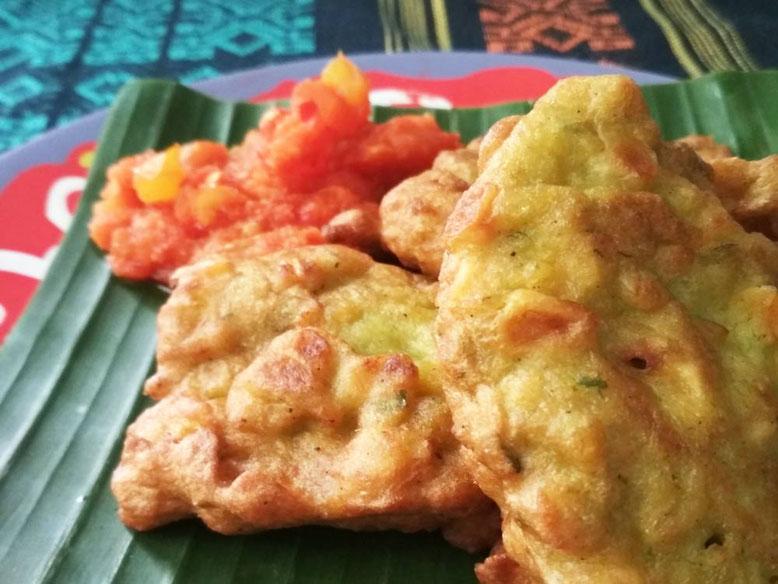 Ricetta Perkedel Jagung - frittelline di mais indonesiane