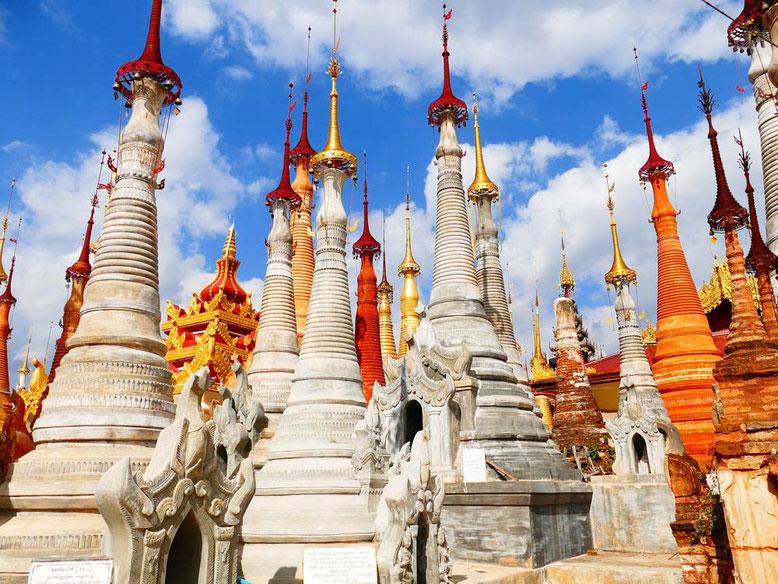 Viaggio di gruppo in Birmania - Stupas