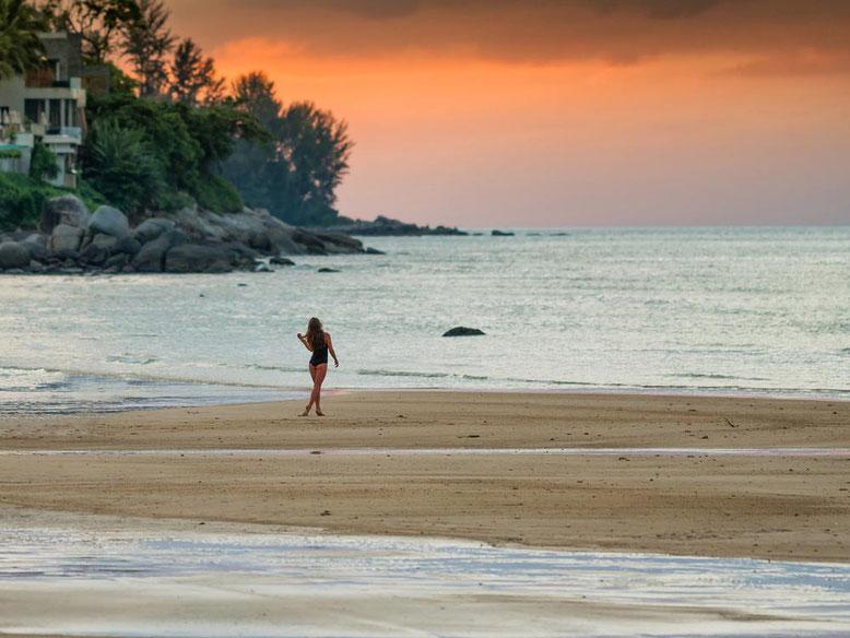 Viaggio di gruppo a Phuket - tramonto in spiaggia