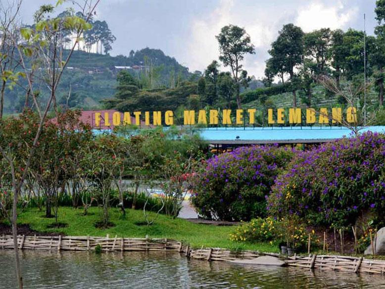 Bandung. Mercato gallegginate di Lembang