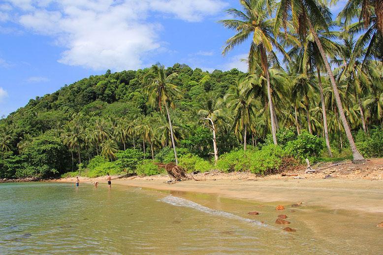 Koh Jum. Spiaggia