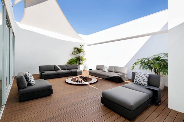 Reinigung Outdoor Möbel