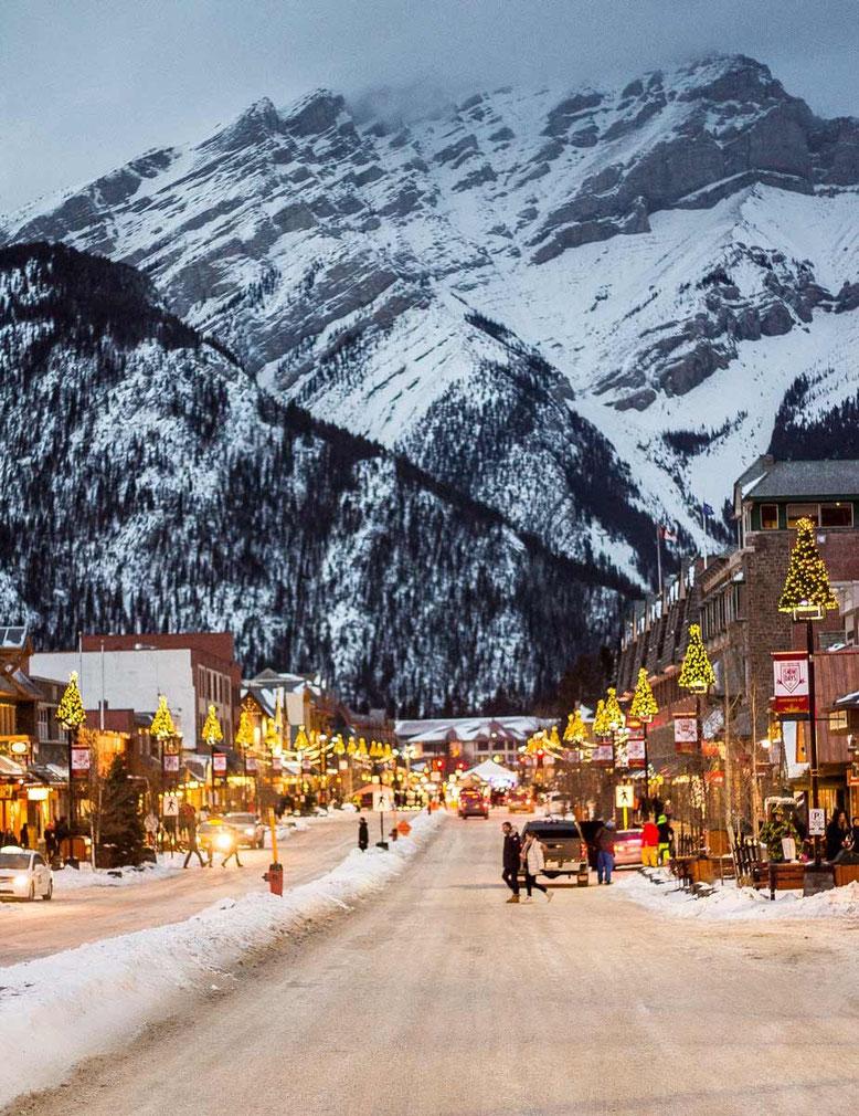 Banff Cascade Mountain winter