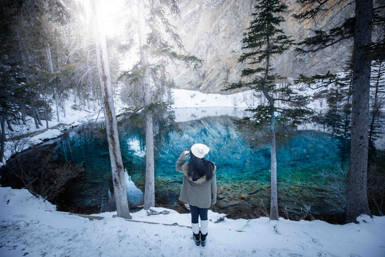 Winter hikes in Banff Canadian Rockies Grassi Lakes