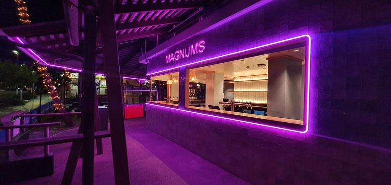 Magnums, Airlie Beach Queensland Australia