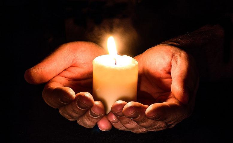 Sozialbestattung Bestattungslexikon, lexikon-bestattungen, Bestattungsdienste, Bestattungsbedarf Bestattung des Verstorbenen im Rahmen der jeweils gültigen Bestattungsgesetze