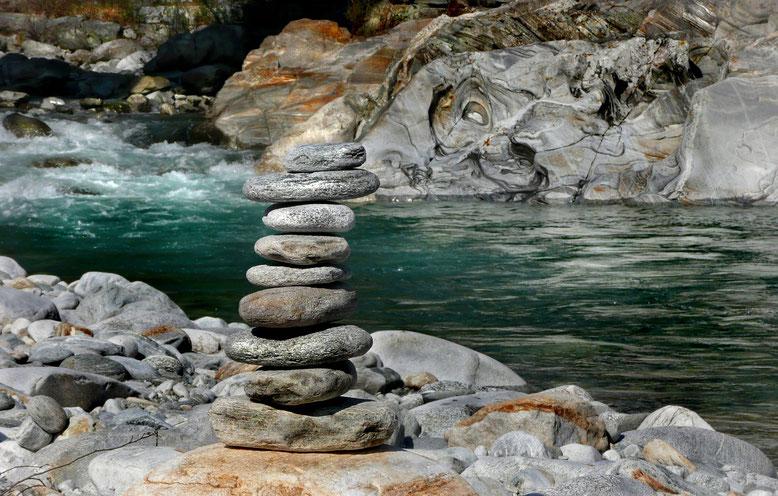 Wildwasserbestattung Bestattungslexikon, lexikon-bestattungen, Bestattungsdienste, Bestattungsbedarf