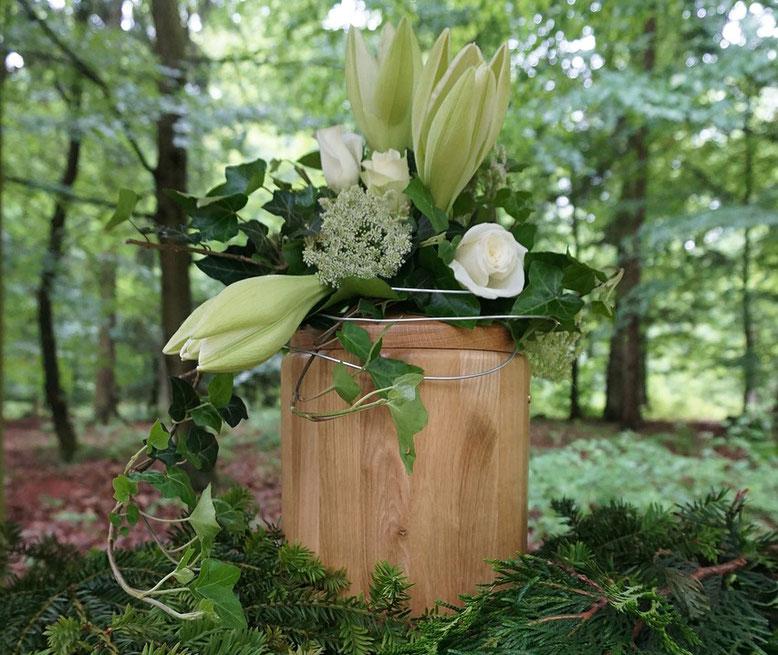 Urnenschmuck Bestattungslexikon, lexikon-bestattungen, Bestattungsdienste, Bestattungsbedarf