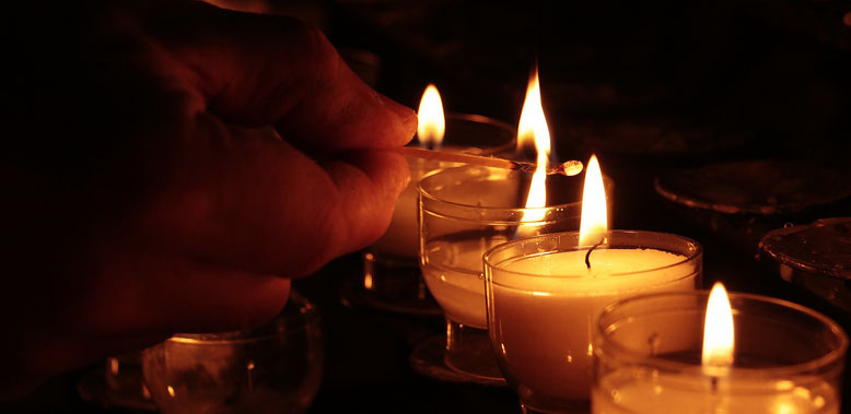 Trauergäste Bestattungslexikon, lexikon-bestattungen, Bestattungsdienste, Bestattungsbedarf