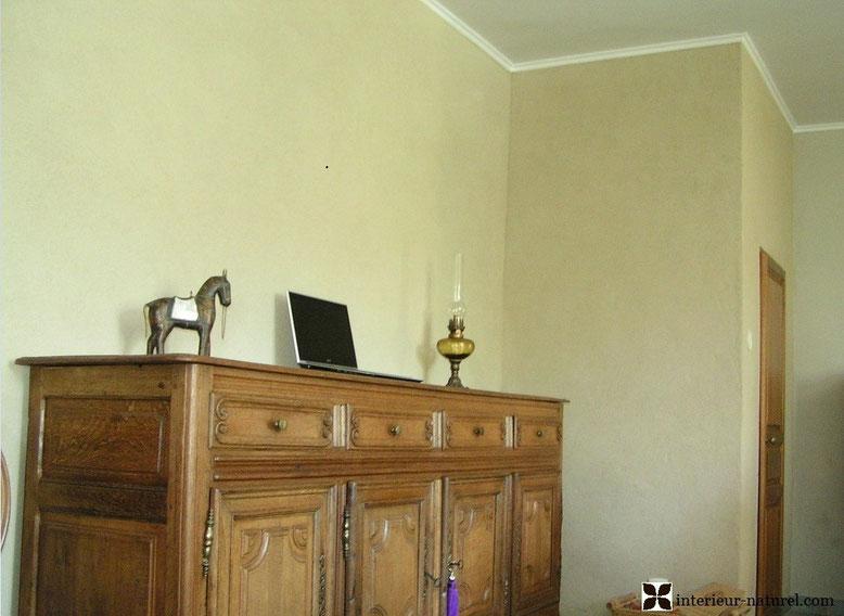 enduit-décoratif-argile ou terre crue ivoire