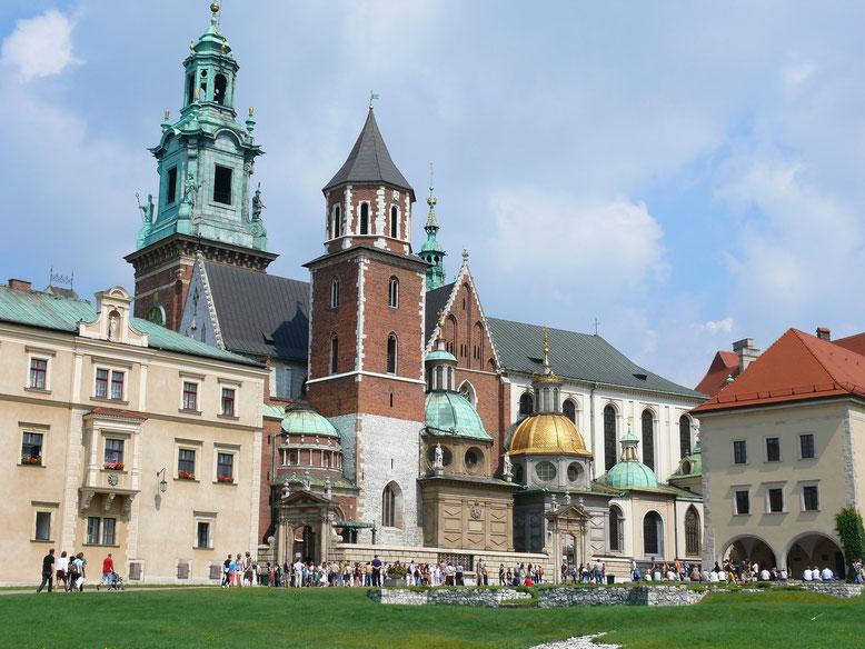 Die Kathedrale auf dem Wawel-Berg - Ruhestätte von Königen und Päspsten (Foto Jörg Schwarz)