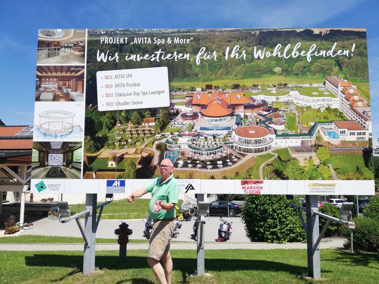 Tourismuschef Dietmar Lindau erklärt uns die letzten Neuerungen