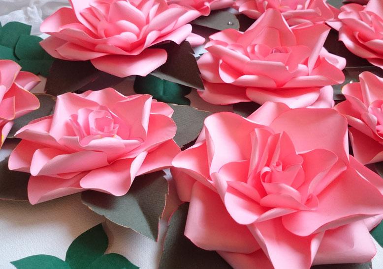événementiel Paris, fleurs en papier, créations Maria Salvador