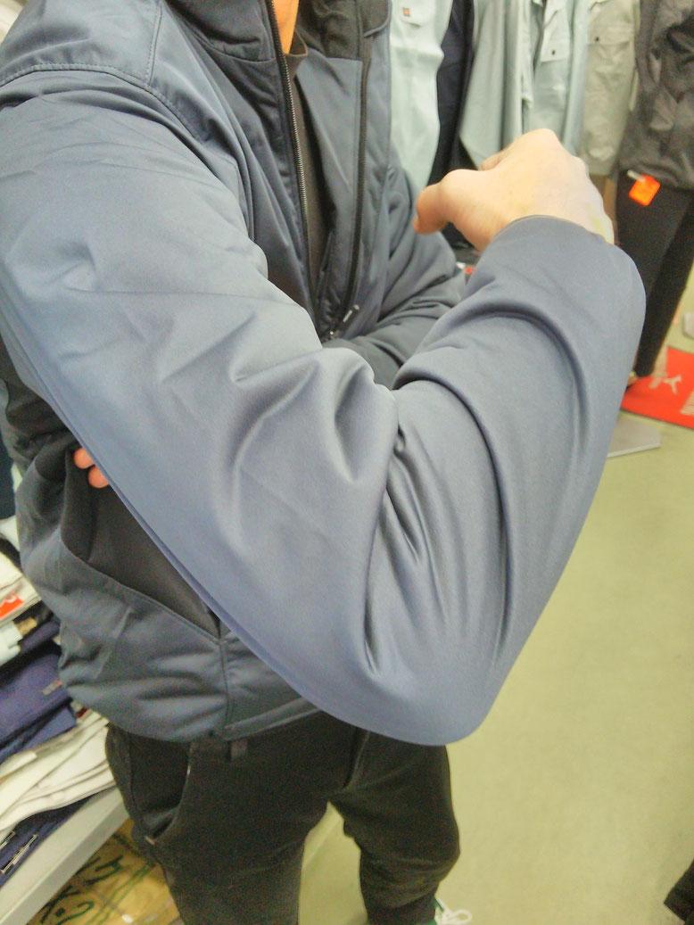 TS DESIGN~TSデザイン~6626  防風ストレッチライトウォームジャケット 驚異のストレッチが魅力です。