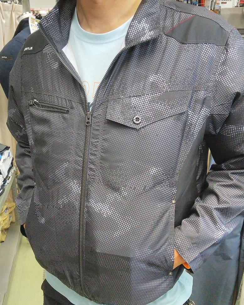 BURTLE~バートル~AC1021 エアークラフト ポリエステル100% 着てみました。着てないくらいの軽さにびっくりします。