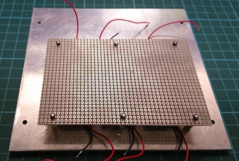 排熱口照明用LED取付基板