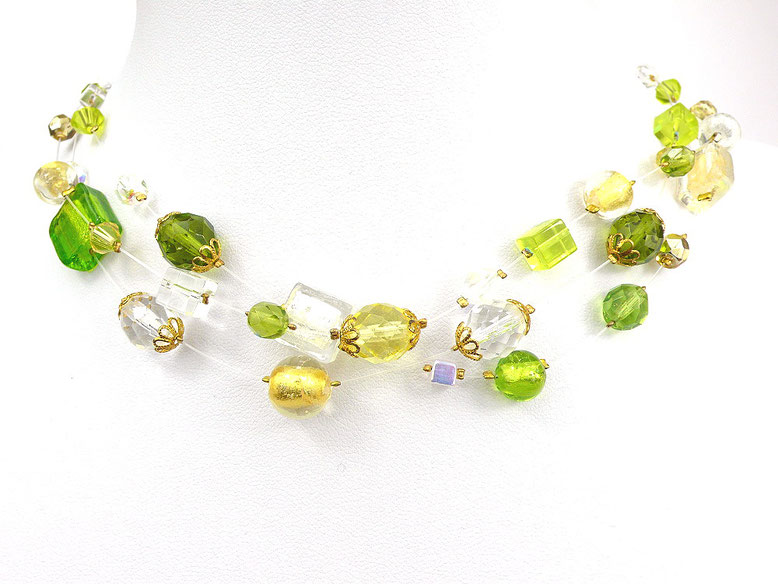 3-reihige Halskette mit Nylonschnüren und Glasperlen goldgelb gelb grün