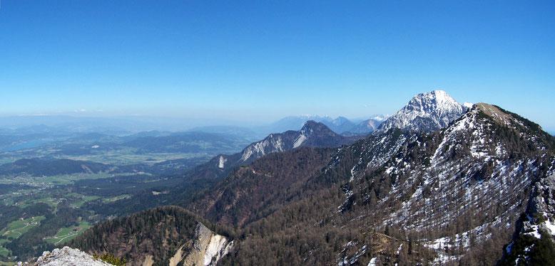 Standpunkt Mallestiger Mittagskogel. Mit Blick auf Mittagskogel (2145m) und Schwarzkogel