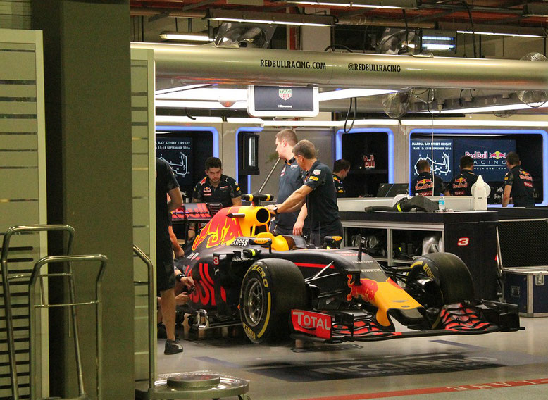 formule1 booking david coulthard contact champion automobile
