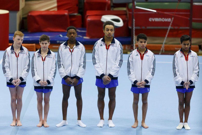 L'équipe de Grande-Bretagne vainqueur de cette compétition - Photo : © 2015 Kennedy Grant ( voir dossier photos complet )