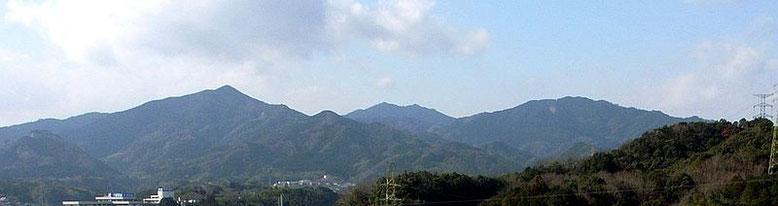 この霊山のふもとに、ウガヤフキアエズ王朝の首都「大分の宮」があった。
