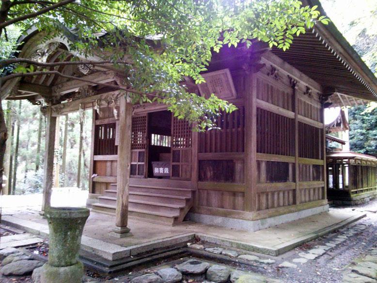 垂裕神社拝殿の写真