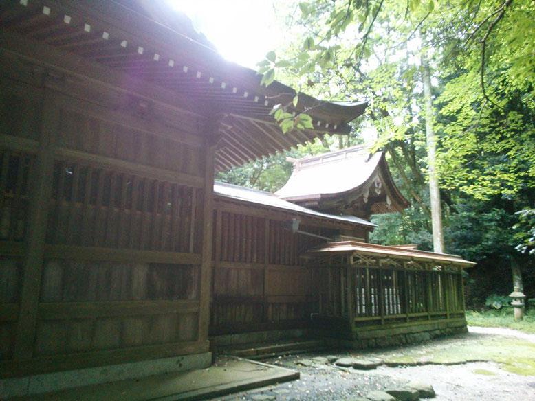 垂裕神社本殿の写真