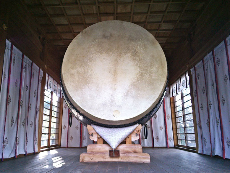 宮地嶽神社の大太鼓の写真