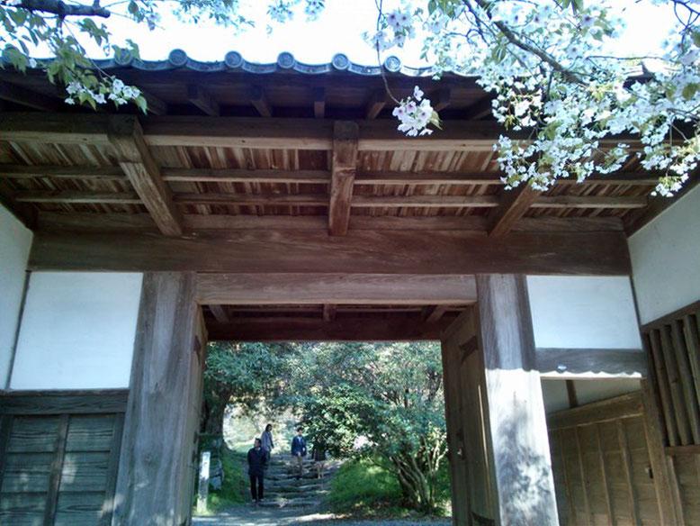 秋月城長屋門の写真