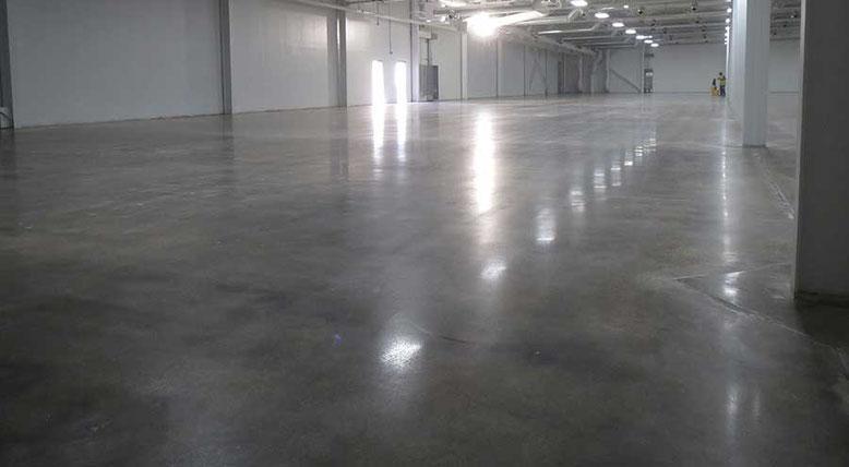 suelo para garaje en hormigon pulido