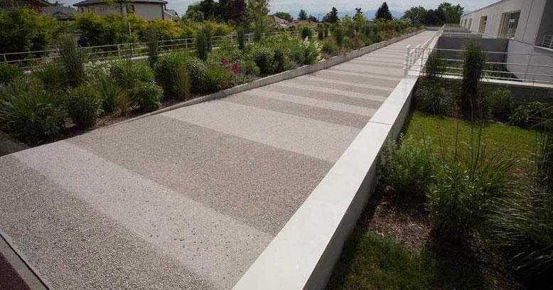 suelo para patio en hormigon desactivado