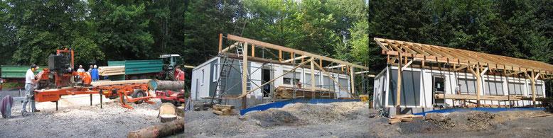 Juni 2007: Zuschneiden der Balken                           Juli 2007: Errichten der Dachkonstruktion