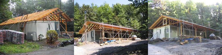 09. August 2007: Das Dach ist gerichtet.                                        Mitte August: Das Dach ist gedeckt.