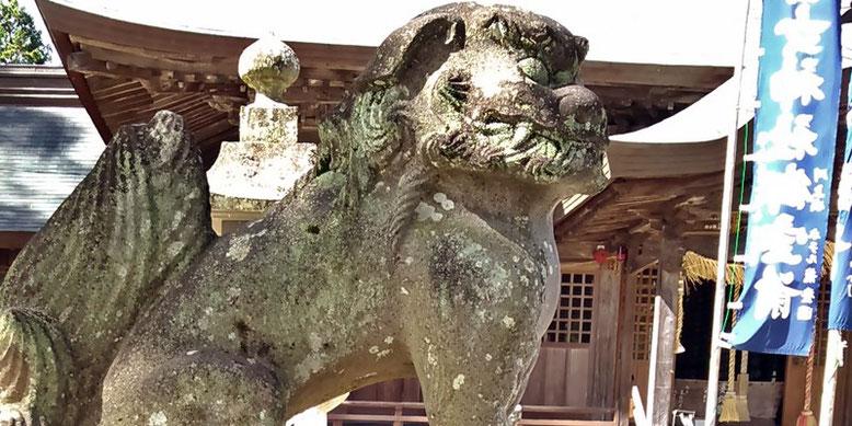 與止日女神社の狛犬03番の写真