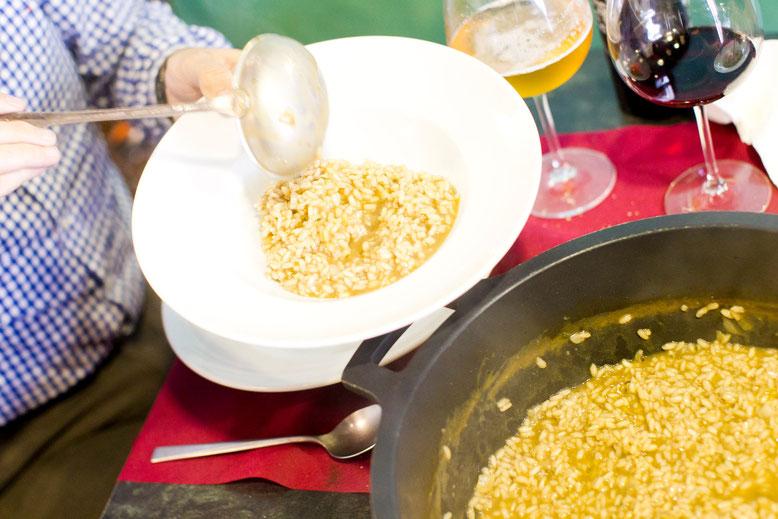 """«Arròs melós de putxero de polp"""". El arroz con caldo de cocido con el punto de pulpo."""