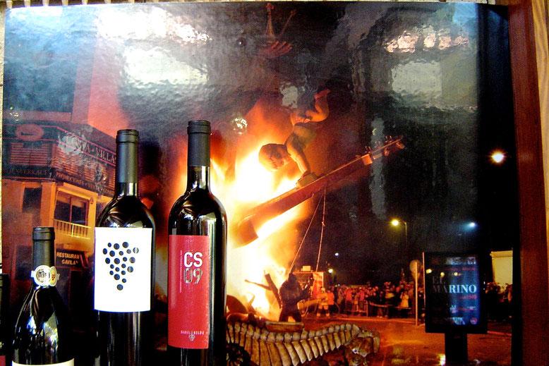 """Imatge de la """"Cremà"""" de la Falla Port Rotes de Dénia que decora una de les parets del Marino Rotes"""