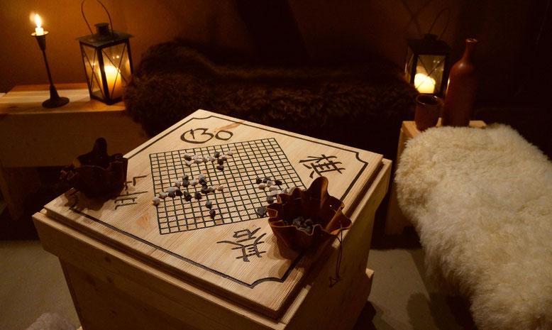 Go Spieltisch in der Spielerspelunke vom Spielmannshof für Betriebsausflug und Familienfeier