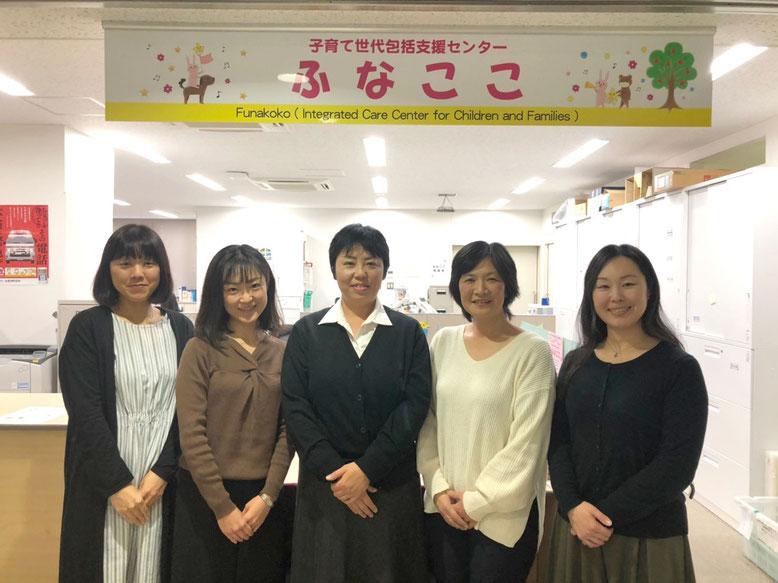地域保健課の主査・高山恵子さん(中央)