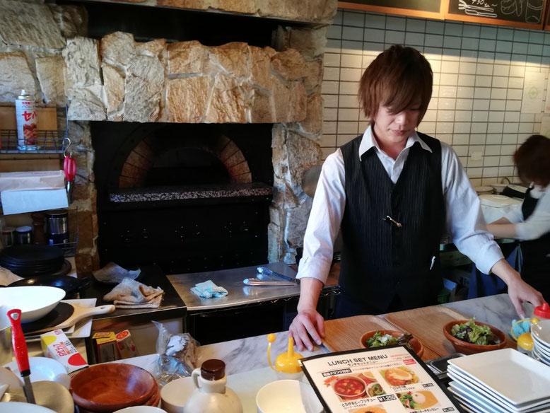 調理師の酒井翔太郎さん