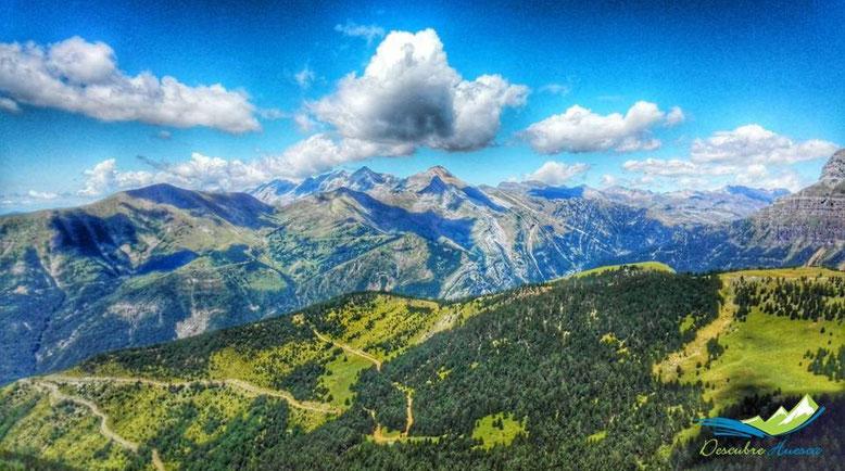 Vistas desde la Sierra de las Cutas, Ordesa.