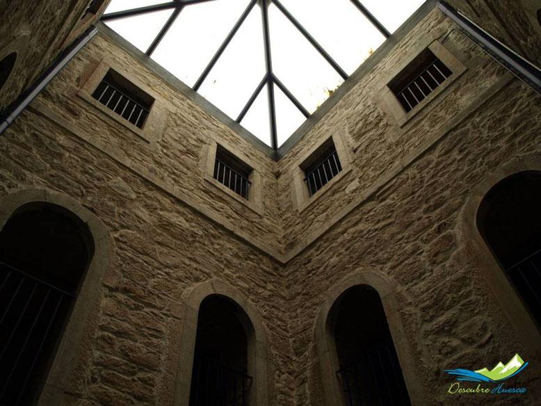 Interior Torre fusileros Canfranc