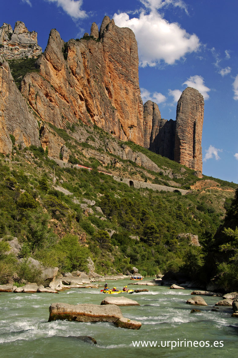 Los Mallos de Riglos, Huesca.